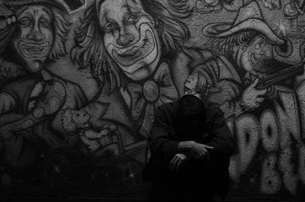 Trauriger Clown an der Wand: Comedy in Deutschland